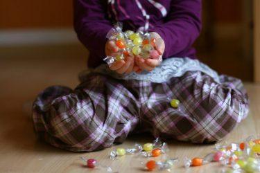 Mit weniger Zucker bei Kindern zu mehr Gesundheit